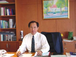 โภคิน พลกุล อดีตรัฐมนตรีว่าการกระทรวงมหาดไทย